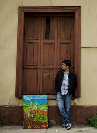 Walking by streets, carrying my art. #art #painting