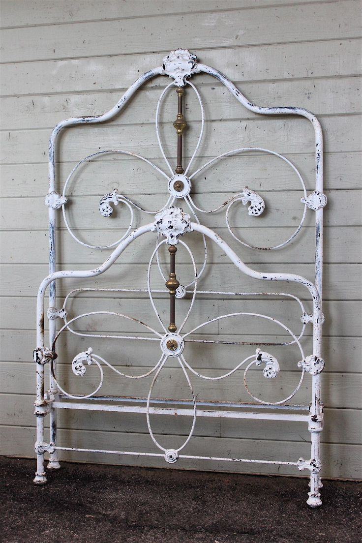 Antique iron bed rails - Beautiful Victorian Twin Antique Irontwinvictorian