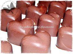 Cioccolatini ripieni di burro di arachidi