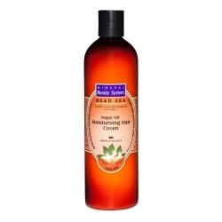 Crema hidratanta pentru par cu ulei de Argan hraneste si hidrateaza scalpul conferind parului un aspect sanatos si stilat. Imbunatateste elasticitatea si stimuleaza cresterea firului de par. Protejeaza parul si scalpul prevenind deshidratarea cauzata de poluare, vant si expunerea la soare. Crema hidratanta pentru par cu ulei de Argan este recomandata pentru firul de par gros, nu necesita clatire. Se aplica pe parul umed prin masaj. Se intinde bine pe toata lungimea firului de par, apoi se…