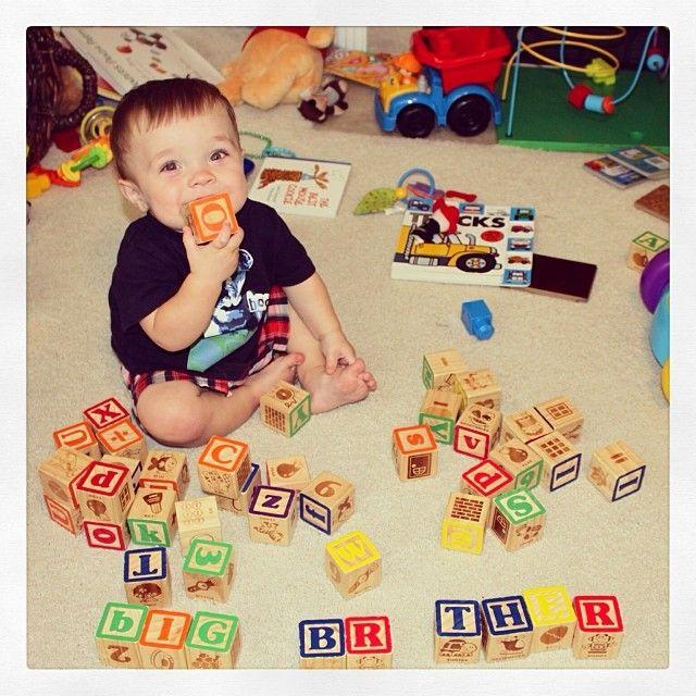 using blocks to announce baby #2