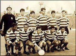 Osvaldo Silva na equipa Leonina vencedora da Taça das Taças, época 1963/64.