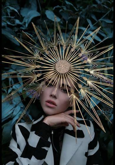 ⍙ Pour la Tête ⍙ hats, couture headpieces and head art - Philip Treacy, photoghraphed by Kurtiss Lloyd.