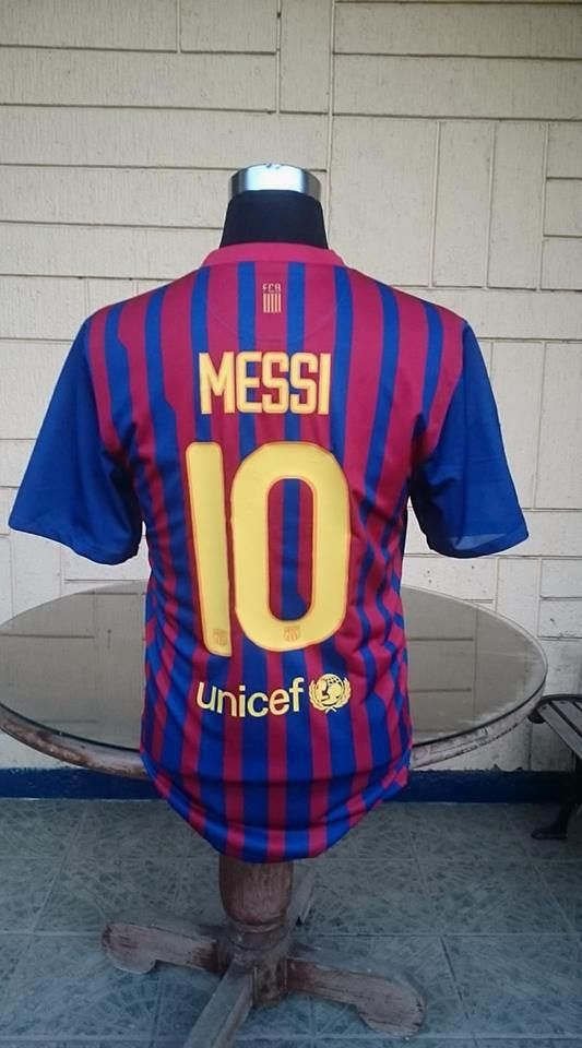 4c380b4f4 BARCELONA FC 2011-2012 FOUR TITLE CHAMPION JERSEY MESSI 10 NIKE SHIRT  CAMISETA LARGE