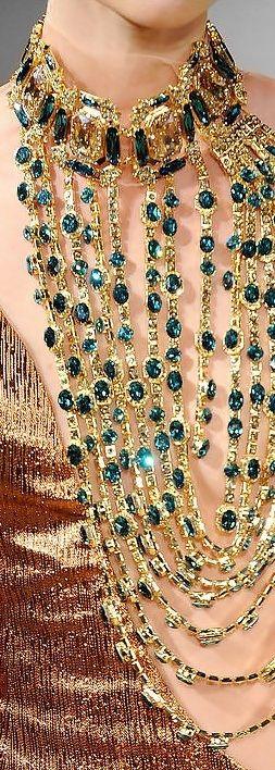 Essence of Fashion ~ Opulent Look ✦ Fashion ✦ Accessorize ✦ Statement Necklace ✦ https://www.pinterest.com/sclarkjordan/essence-of-fashion-~-opulent-look/