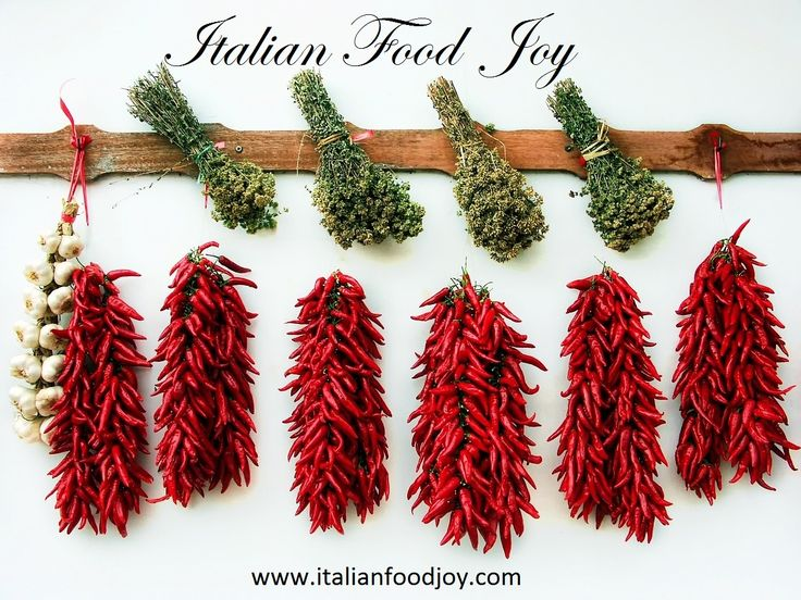 #Garlic, #Origan, #red hot #peppers, are some of the #spicy and #aphrodisiac more used #ingredients in the italian cuisine #Italian #Food Joy www.italianfoodjo... for UK and other countries www.italianfoodjo... for DE and AT only