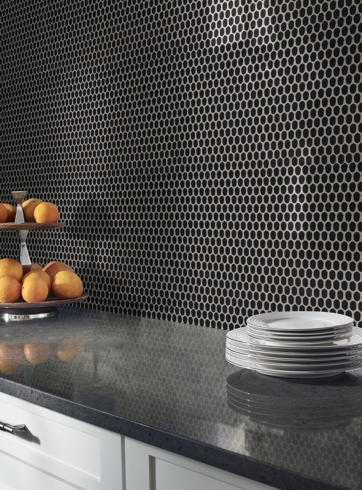 Black Glossy Penny Round Tiles Feature Jet