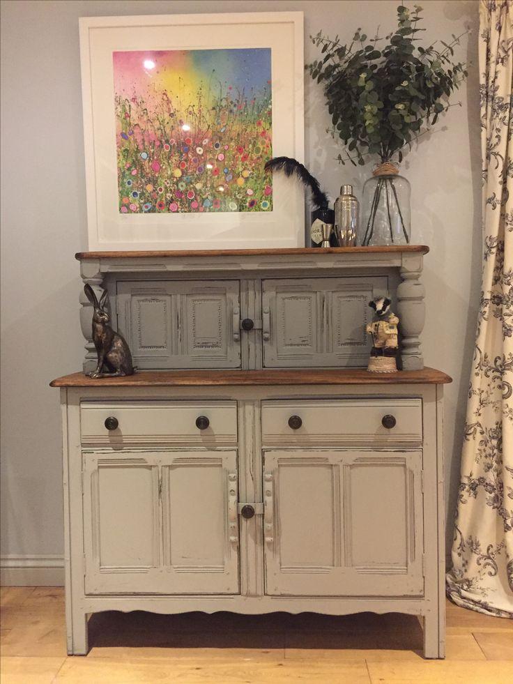 Hand painted in Annie Sloan Paris grey.