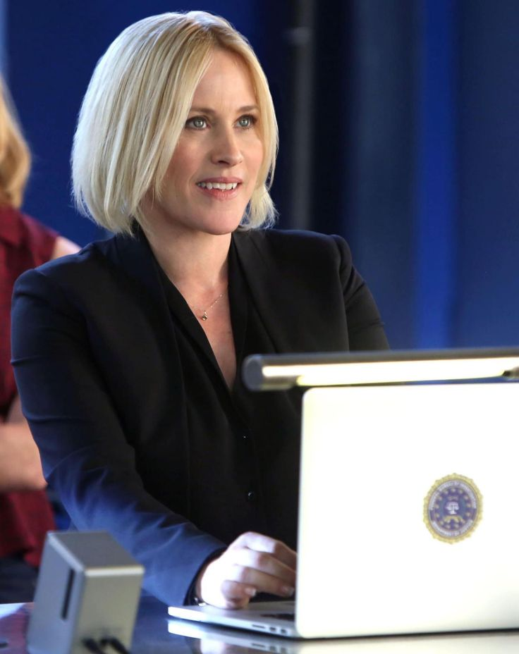 "It's too bad Patricia Arquette, just after winning an Oscar for ""Boyhood,"" now stars in this ""CSI"" cyber-turkey."