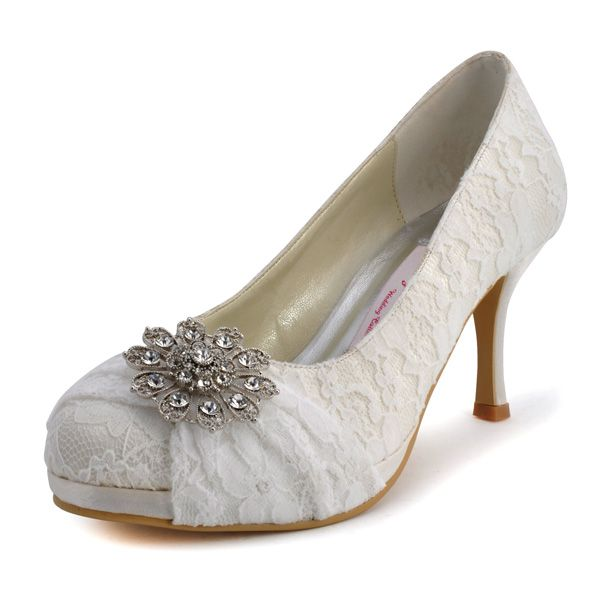 Fancy 3 Crystal Brooch  Round Toe Pumps – Wedding shoes