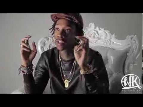 Wiz Khalifa Talks Partnership with Flat Fitty, Style Influence, Living B...  Wiz Khalifa talking about his partnership with Flat Fitty. He is letting all the fans know that the partnership is about making a clothing line. As we all know he have a lot of influence in social media, by doing this he can reach a wide audience, create awareness of his new clothing line and influence them to buy it in the future. #MRK634 #WizKhalifa #Socialinfluence