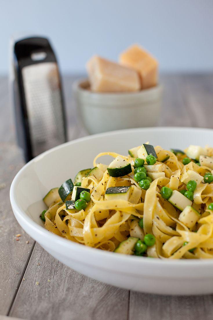 #Epicure Easy Pasta Contact michellelynn.stevenson@gmail.com or visit http://michellestevenson.myepicure.com/