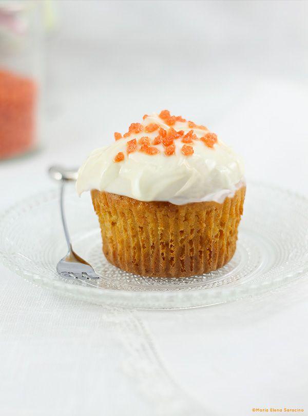 Cupcakes alla carota con crema al formaggio.