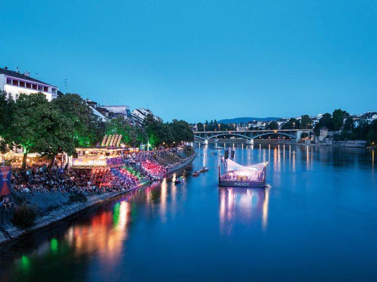 Die Ferienregion Basel Stadt und Baselland liegt mitten im Dreiländereck Schweiz, Deutschland und Frankreich und ist idealer Ausgangspunkt für Ausflüge.