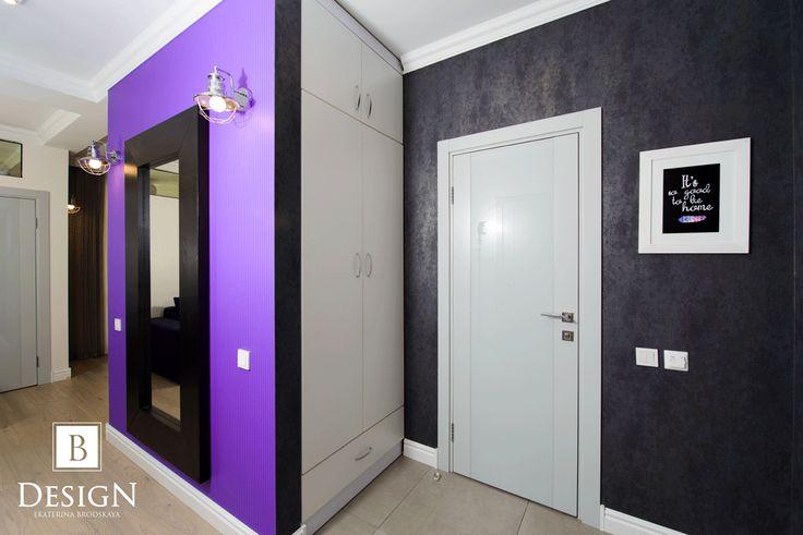 #design #interior #violet #black #white #brodskaya #hallway #hallwaydesign #decor #floor #интерьер #дизайн #декор #бродская #прихожая #фиолетовый #черный #белый #коридор #дом #уют #дизайнер