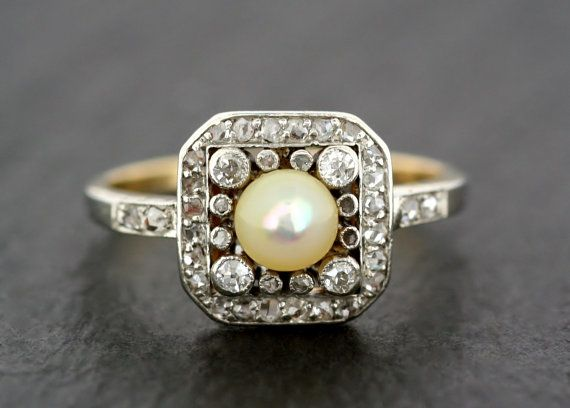 Antique Edwardian Ring - Antique Pearl & Diamond Ring - Gold and Platinum…