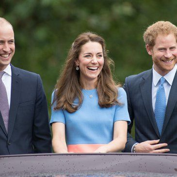 "LONDON, ENGLAND - JUNE 12:  (L-R) Prince William, Duke of Cambridge, Catherine, Duchess of Cambridge and Prince Harry during ""The Patron's Lunch"" celebrations for The Queen's 90th birthday at The Mall on June 12, 2016 in London, England.  (Photo by Jeff Spicer/Getty Images)"