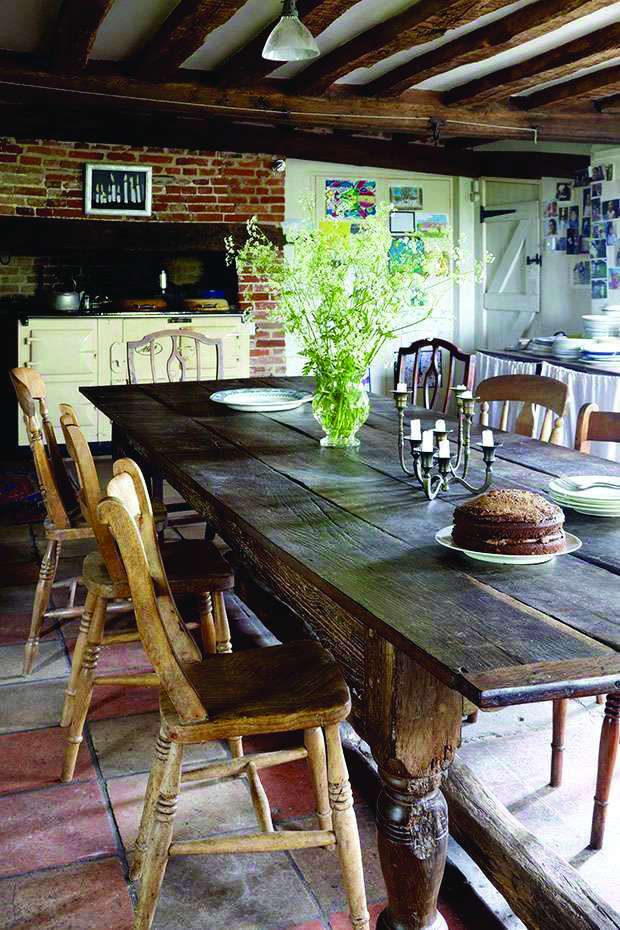 The Best Farm Tables For Your Dining Room Farmhouse Kitchen