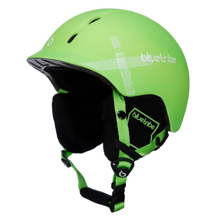 Bluetribe Strapped ski helmet, kids, green Cool ski helmet for kids Cool ski helmet for cool ski-kids! The ski helmet is light weight, due to the In-mould technology. You can adjust the ski helmet easily to the right size, because of the Dial Fit System. You can wear a goggle with the ski helmet.   This is a real cool ski helmet for the small skiers!