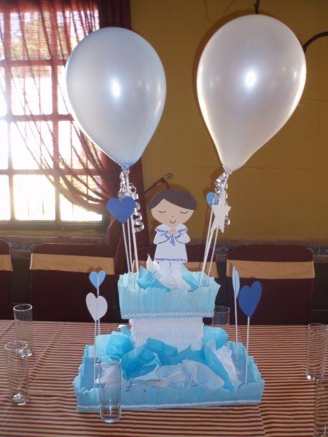 1000 images about centros de mesa bautizmo primeras - Decoracion de mesa para comunion ...