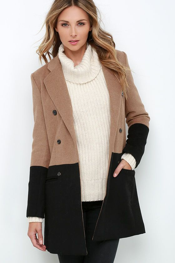 All of our current daydreams have revolved around adding the Picket Dreams Black and Brown Color Block Coat to our wardrobes!
