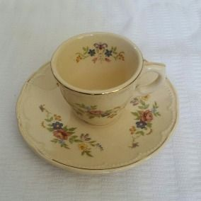 Fino Juego De Taza Y Platillo De Té Porcelana Antigua