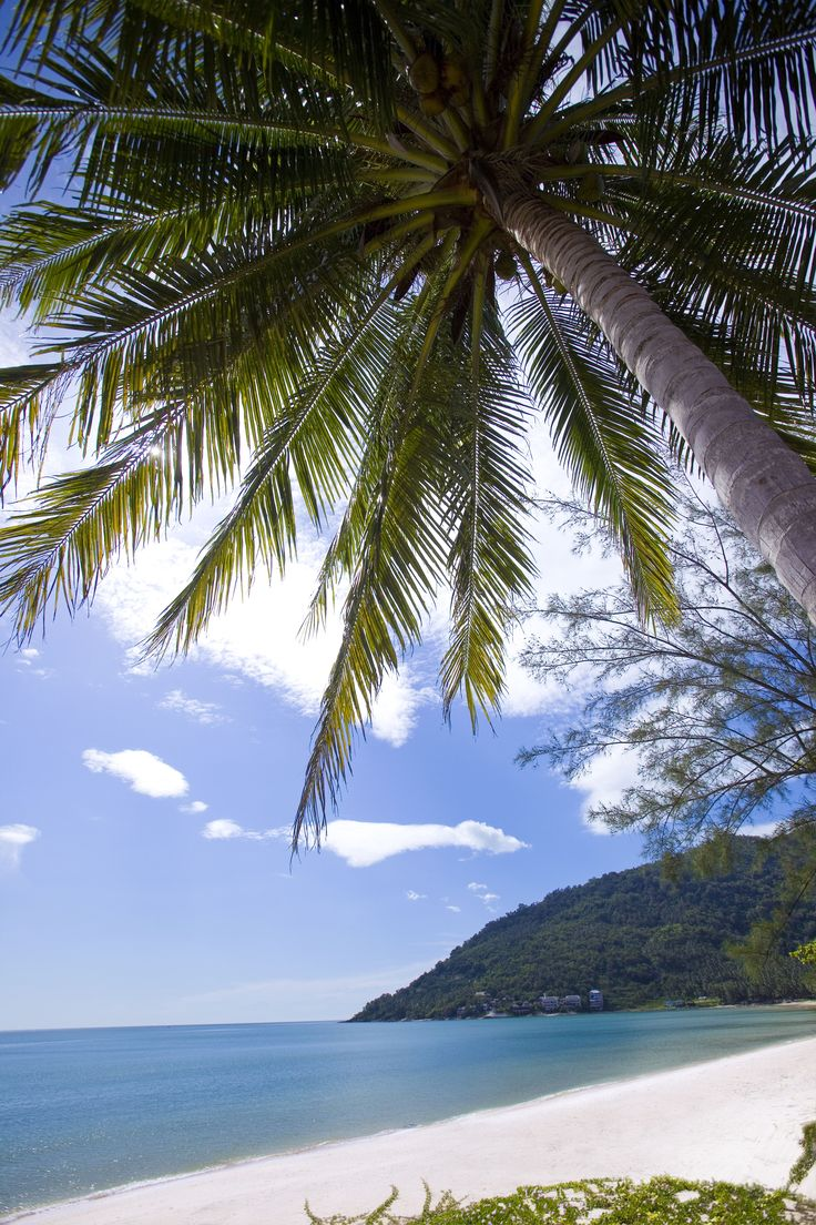 The beautiful Khanom Beach, and so close to Aava Resort & Spa! Wish I was there right now!
