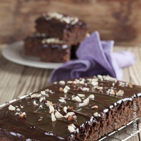 Torta soffice cioccolato e noci
