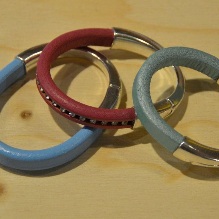 Halve-magneetarmband-regaliz-leer
