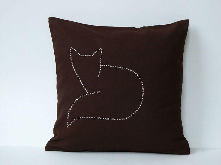 die besten 25 fuchs kissen ideen auf pinterest wolkenkissen katzen kissen und tierkissen. Black Bedroom Furniture Sets. Home Design Ideas