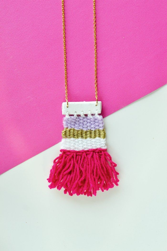DIY Woven Necklace - Weaving is time-consuming and not everyone's cup of tea. But it doesn't hurt to create a mini woven necklace and proudly wear it, does it?