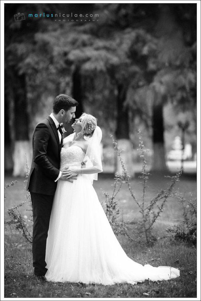 Fotografia de nunta By Marius Niculae     Programari la tel: 0723 132 537 sau pe site https://mariusniculae.com/contact.   Va asteptam cu drag!
