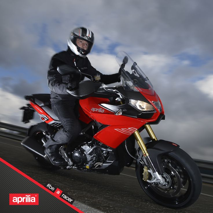 In good weather and bad.  #aprilia #bearacer