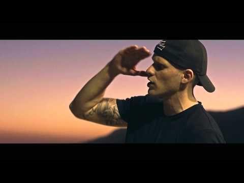 REVOLTA - Stále Běžím CZ/EN - YouTube