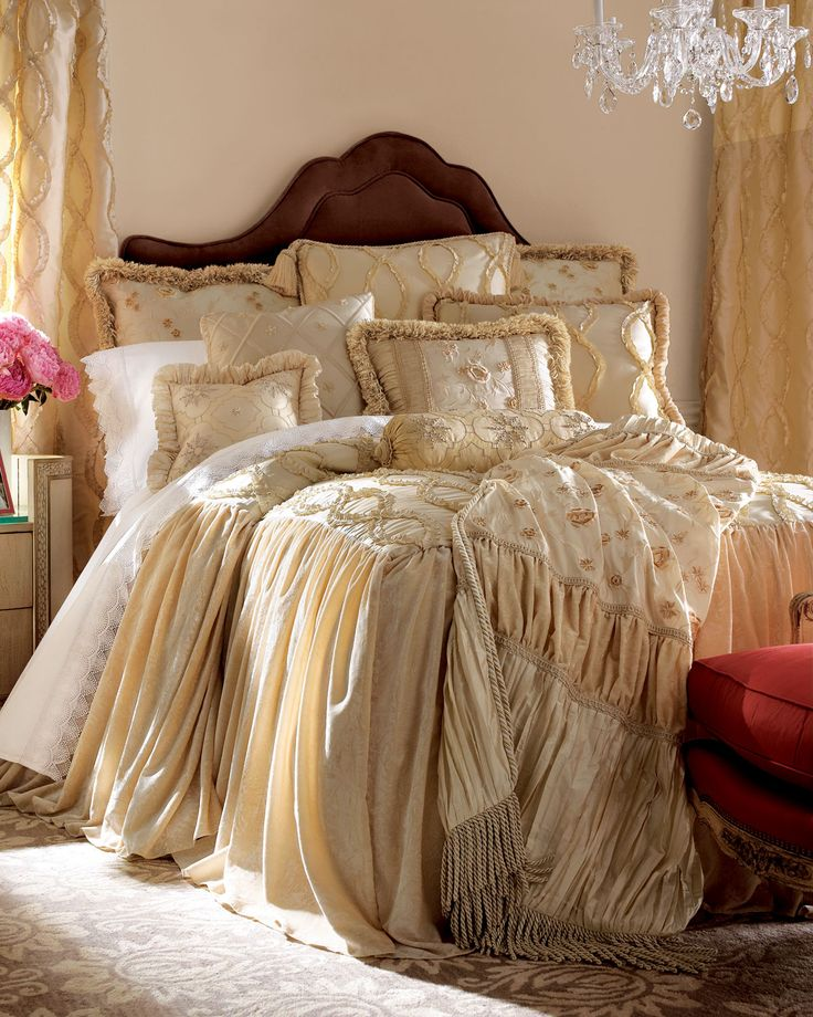 Beautiful Linens: 1106 Best Images About Pretty Bedding On Pinterest