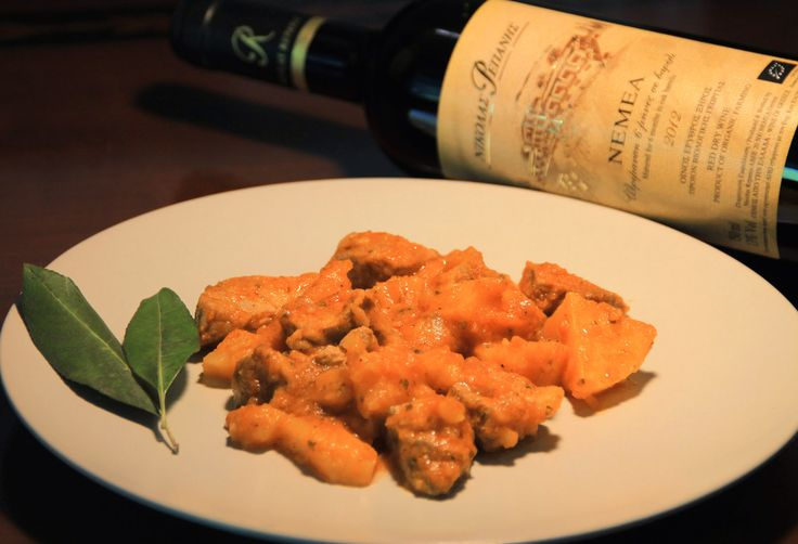 Pork in Red Sauce. Paired with Red Wine NEMEA Bio by Domaine Repanis (Agiorgitiko)