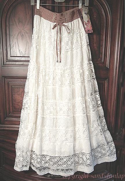 Victorian Vintage~ LACE Peasant Prairie Skirt