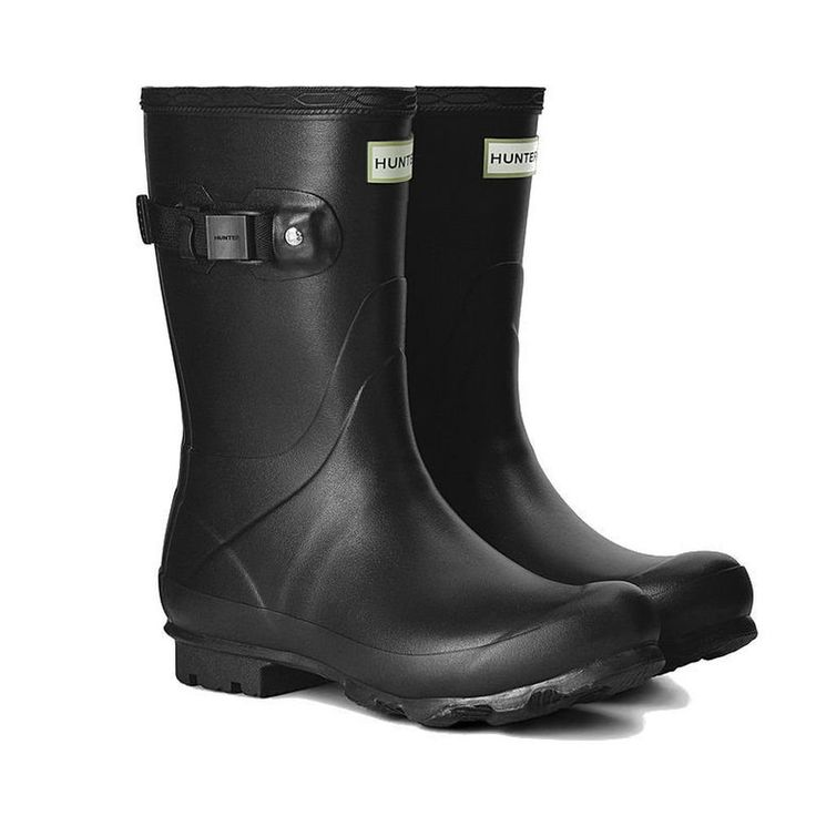 HUNTER Women's Norris Field Short Rain Boots >>> Details can be found by clicking on the image.