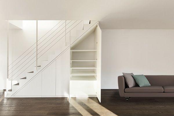 収納だけじゃもったいない!階段下を魅力的に演出するプラスアルファの空間づくり