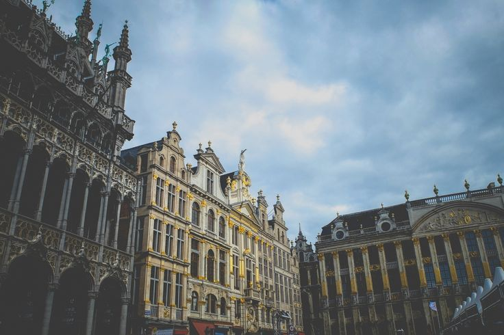 Bruxelas - A Path to Somewhere