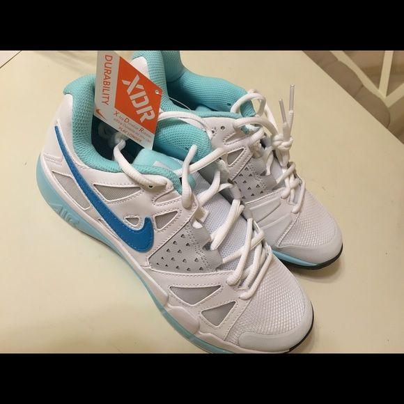 Nike Air Vapor Advantage NWT Size 8. Brand New. Never Worn. NWT.