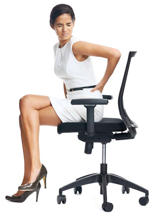Máte v práci málo pohybu? Ortopéd poradí, ako správne sedieť a prečo si dať pozor na fit loptu.