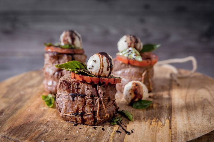 Caprese salad filet mignon - Make delicious beef recipes easy, for any occasion
