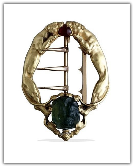 Lucien Hirtz (1864-1928), sculptor, designer de bijuterii, emailor; între anii 1893-1928 a lucrat pentru Boucheron.