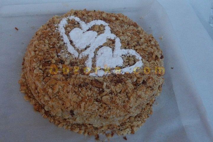 Торт Наполеон классический домашнего изготовления без яиц с заварным кремом