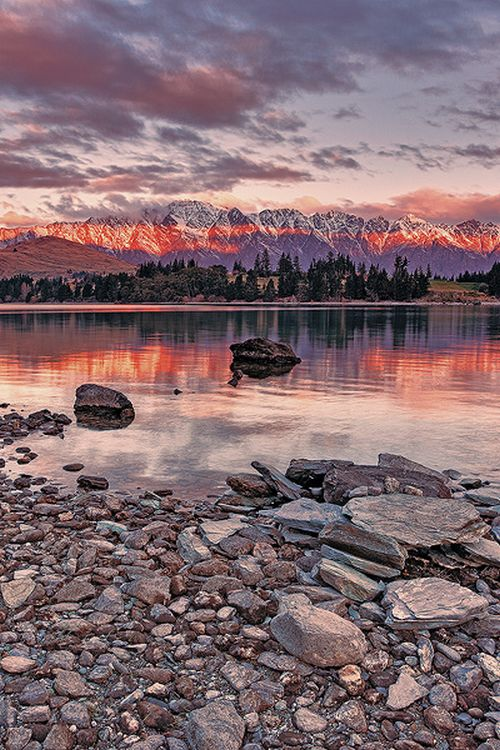 Sunsetat Queenstown, New Zealand  (by Tony Dailo)