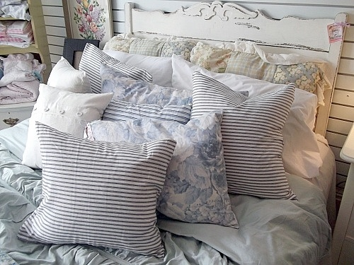 ~ country shabby blue and white ~