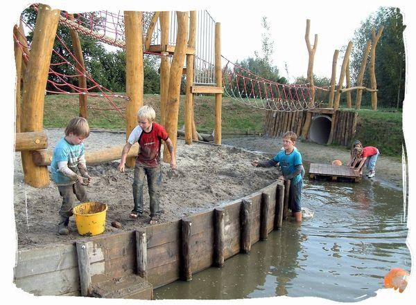 De speeltuin « Natuurspeeltuin Het Weitje