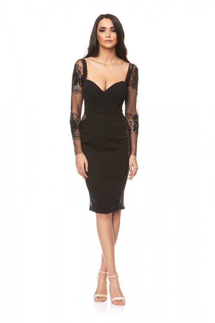 Rochie neagra eleganta din triplu voal si dantela SS21 de la Ama Fashion Model de rochie cu corset strans pe corp.