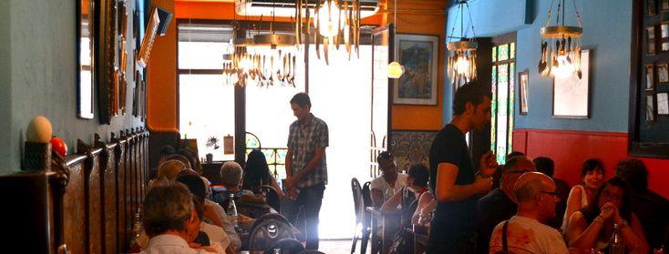 Restaurant Petra, C.Sombrerers, 13, (cantonada banys vells) El Born